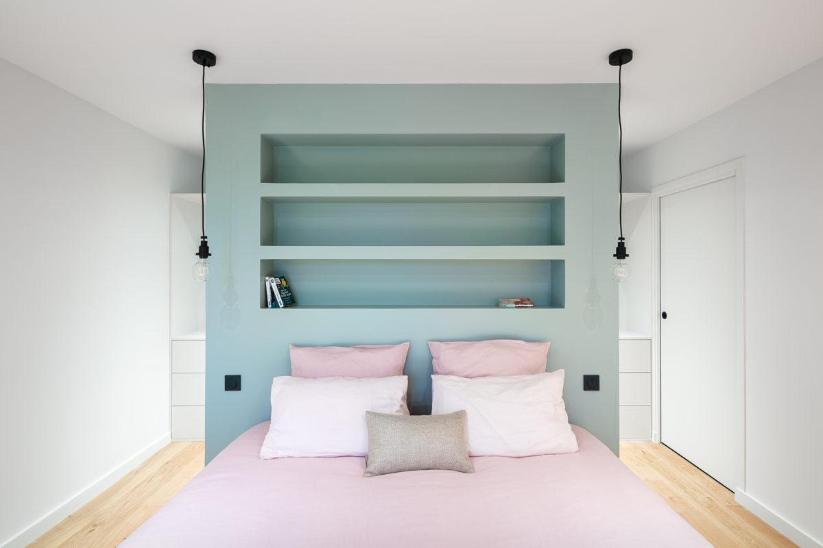 Design chambre blanc et pastel