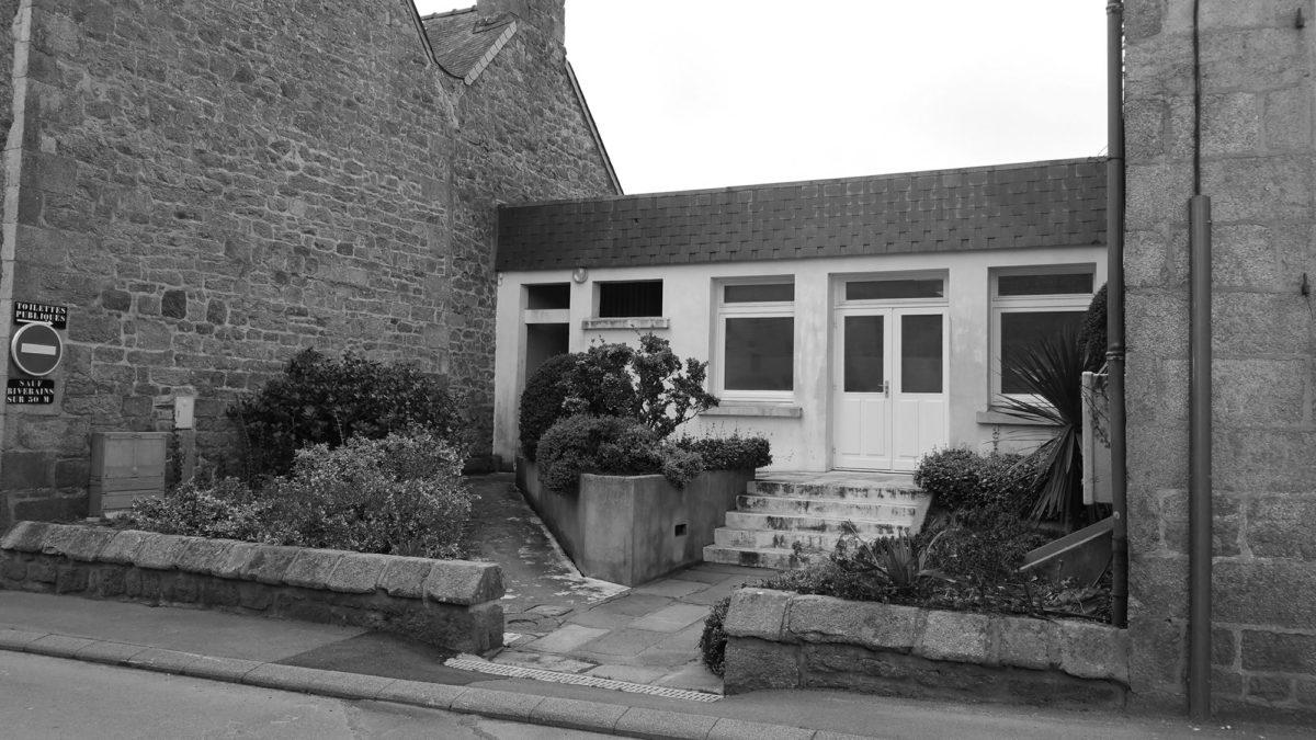 Ancienne entrée de la mairie de Plouaret